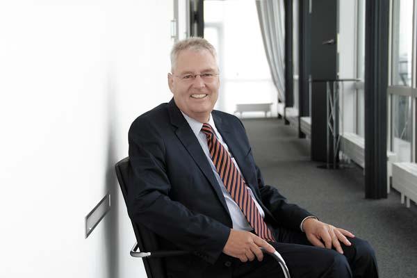 Prof. Dr. Bernd E. Meyer Egobrand